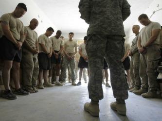 praying military