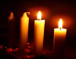 Advent wreath two candles